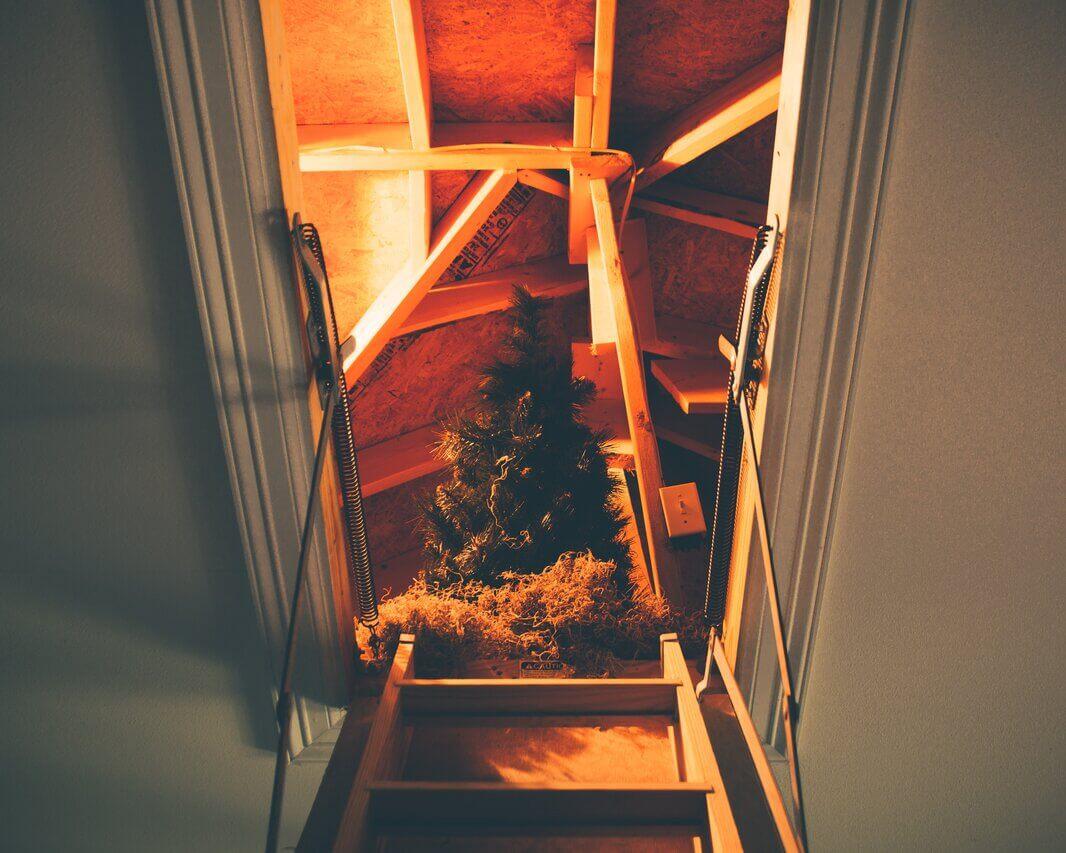 Ting på loftet